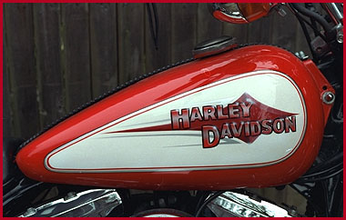 Red And White H D Cassatto Airbrushing Custom Paints